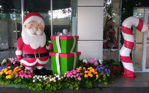 pembuatan Dekorasi Natal