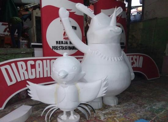 membuat patung dari styrofoam