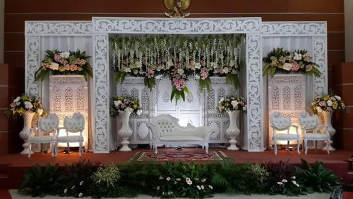 Ukiran styrofoam untuk dekorasi wedding