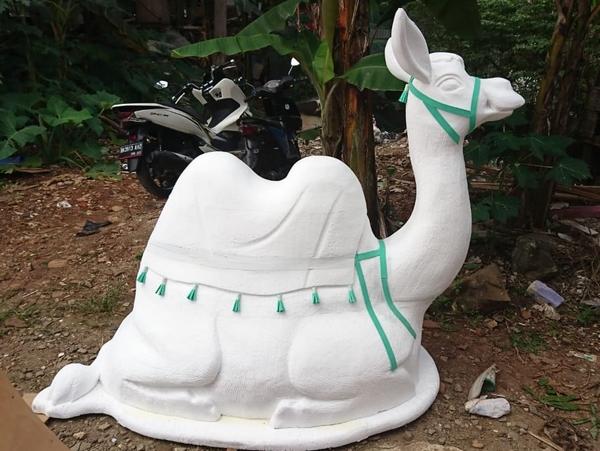 pembuatan patung unta styrofoam